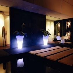 Pot planter design Pezzettina Vondom bright led white 50x50xH85